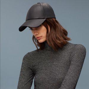 38c9c9f8b2b Aritzia Accessories - Wilfred Free Emesa Hat from Aritzia